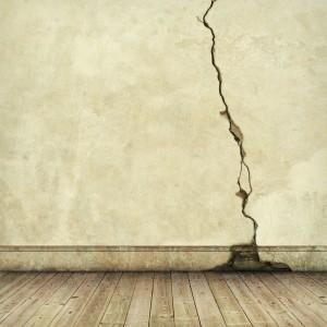 Cracked_Brick_Wall_