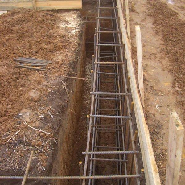 Выровнять кирпичом фундамент в землю