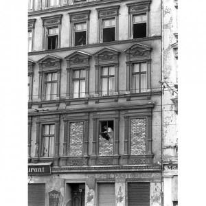 kak-zalozhit-okno-svoimi-rukami_1